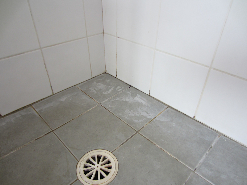 Shower Restoration Before. Shower Repairs and Leaking Shower Resealing by Shower Craft Perth